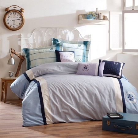 Ensemble Housse De Couette 240x220cm & Taie d'Oreiller 60x60cm (2 Pieces) - Blue/Ecru/White/Dark Blue - 176BHP62229